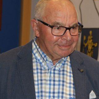 In memoriam Jan van Nieuwenhoven